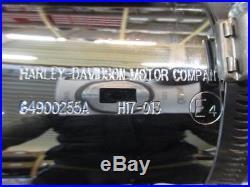 H214. Harley Davidson Touring CVO Silencieux Silencieux d'échappement 64900255a