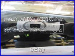 H291. Harley Davidson Touring FLH Silencieux Silencieux d'échappement 65949-09