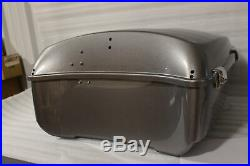 NOS Neuf OEM 2014-2019 Harley Touring Tour Pack Coffre 53000399DZP