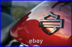 Rare Neuf OEM 2009-2021 Harley Touring CVO Gas Réservoir Badges Médaillons Paire
